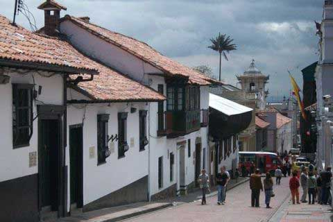 Car rental in Bogota to visit La Candelaria